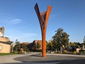 Scheldeplein - Schemerlamp Architect: Lucas & Blokland Client: Gemeente Alblasserdam Engineer: ABT Builder: Royal IHC Location: Alblasserdam, NL