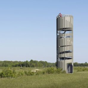 Airport Twente - Observation tower Architect: NOHNIK Architecten Client: Area Development Twente Engineer: ABT Builder: Royal IHC Location: Enschede, Twente
