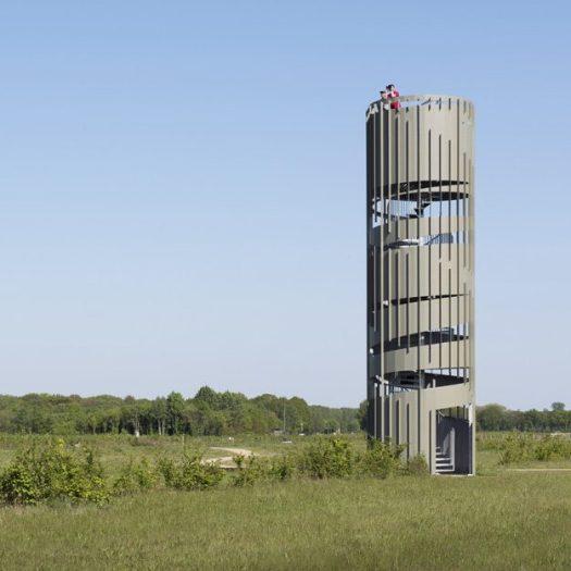 Airport Twente - Observation tower Architect: NOHNIK Architecten Client: Area Development Twente Engineer: ABT Builder: Royal IHC Location: Enschede, Twente